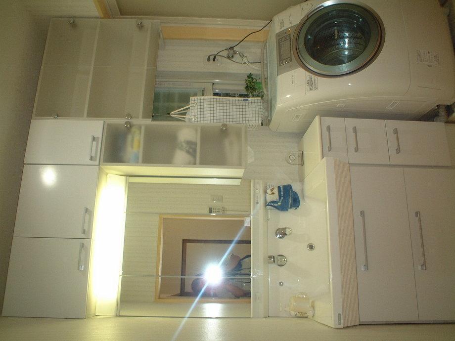 浴室・脱衣室共、明るくなりま した。