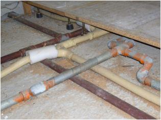 (外部錆止めや給湯に銅管を使用しているなど)この配管を最新の工法でリニューアルいたします。