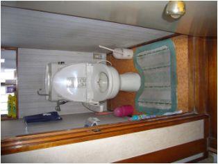 洗面化粧台を埋め込んだ事も脱衣室に余裕が生まれました。